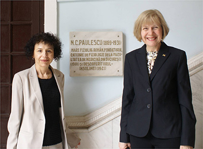 U-M Dr. Rodica Pop-Busui and Eva Feldman in Romania