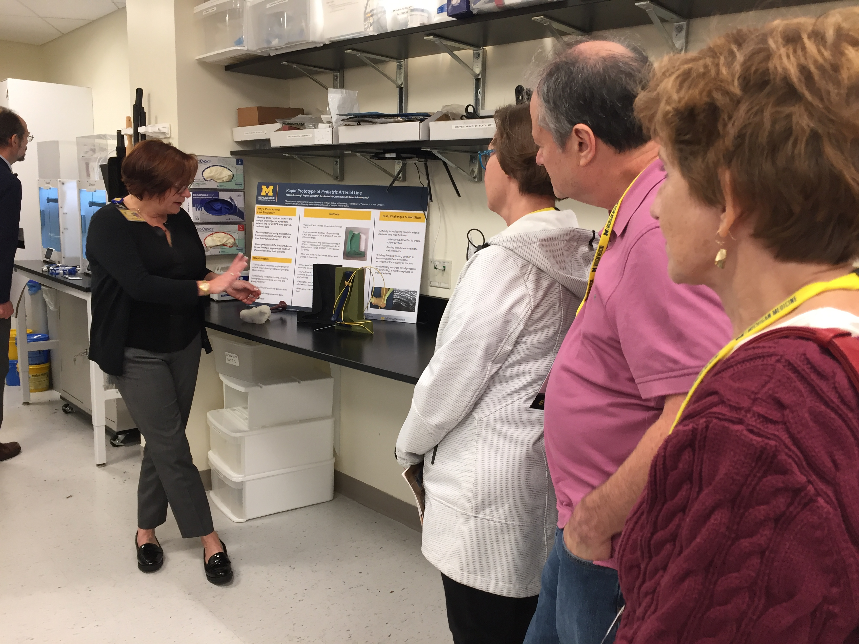 Deborah Rooney & Alumni in 3DI Lab