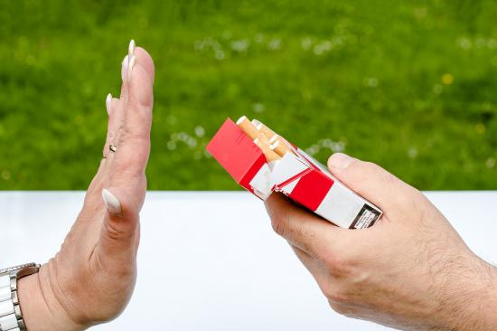 a photo of rejecting cigarette