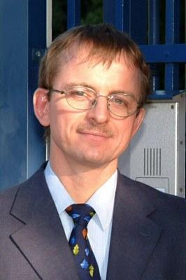 Steffen Leonhardt, MD, PhD