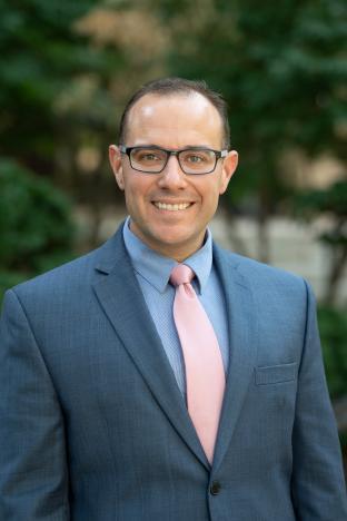 Dr. Dustin Nowacek