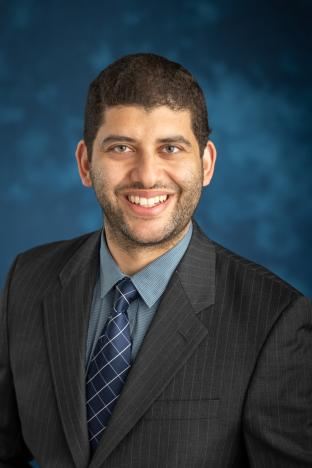 Dr. Stino, Amro