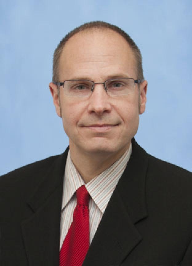 Dr. Henke