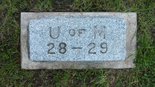 Fairview Cemetery U of M gravestone 1928-29