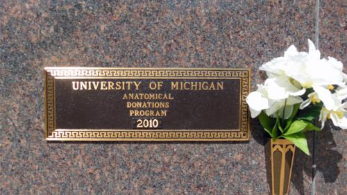 Washtenong Memorial Park U of M Plaque 2010