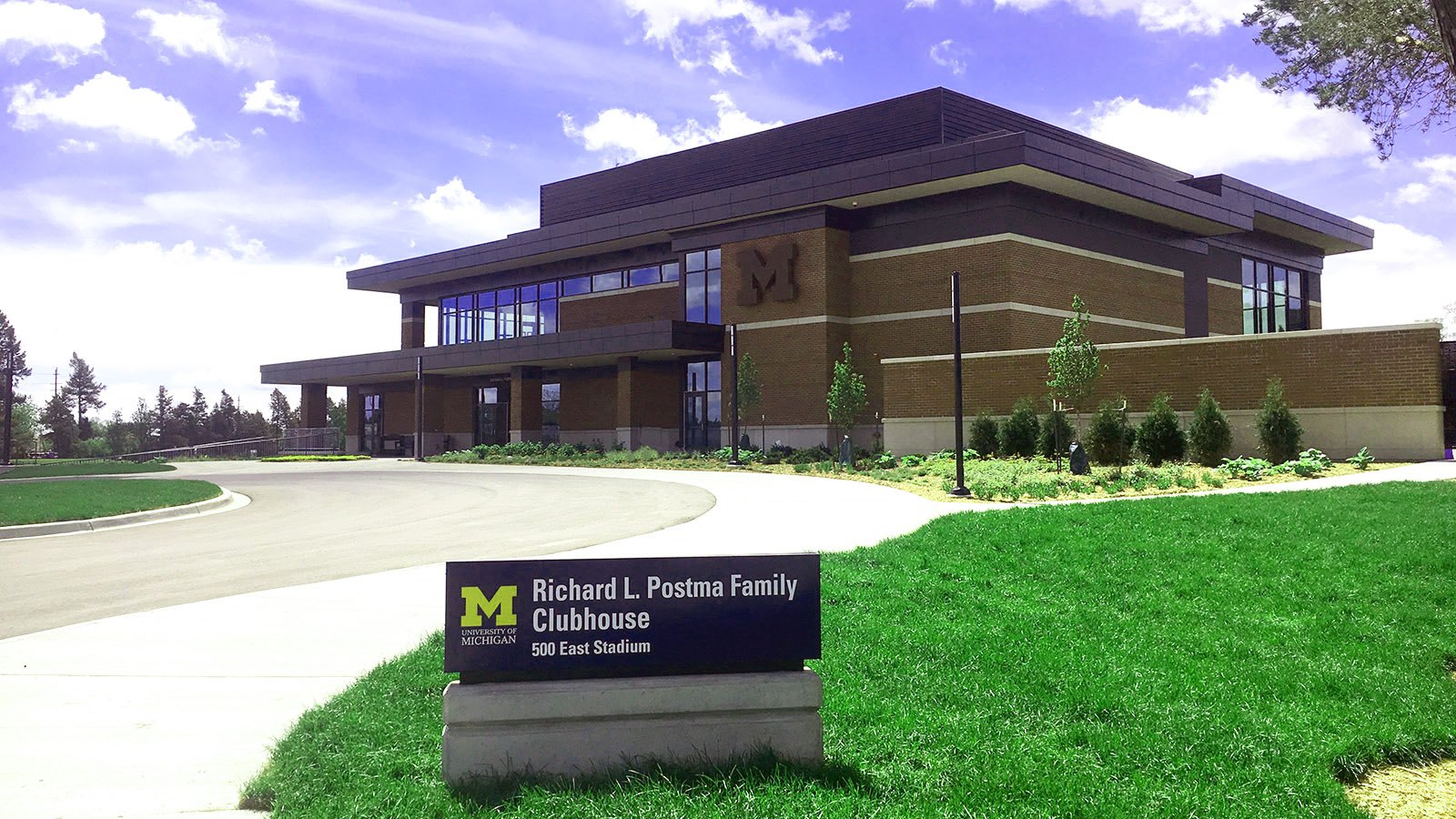 University of Michigan Gold Club Clubhouse